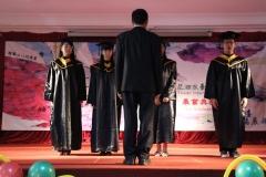 6320_2_G9撥穗與頒發畢業證書2